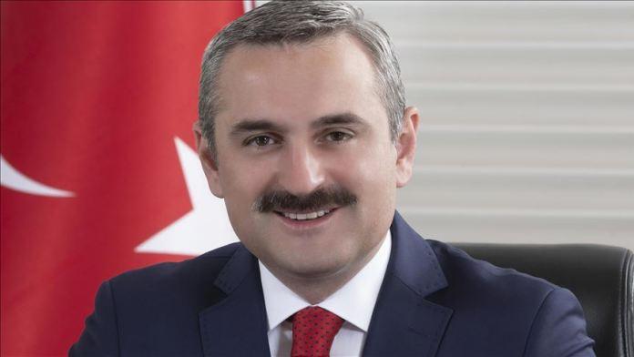 """AK Parti İstanbul İl Başkanı Şenocak: """"Her 3 yeni üyeden 1'i 30 yaş altı"""""""