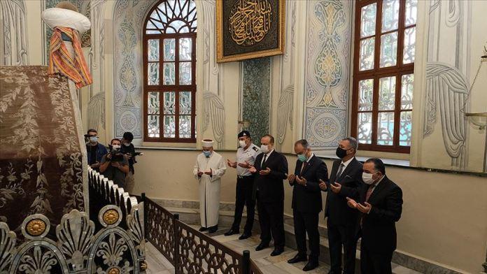 Osman Gazi ve Orhan Gazi'nin türbesinde gün boyu Kur'an okunacak