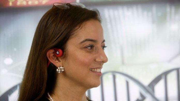 Öğretim üyesinin tasarladığı kulaklık işitme engellilere de 'ses' oldu