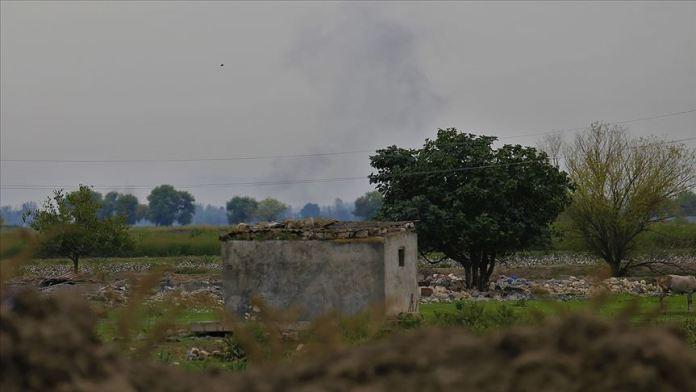 Ermenistan, Azerbaycan'daki şehir ve köyleri bombalıyor