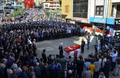 Şehit Astsubay Kıdemli Çavuş Dokumacı son yolculuğuna uğurlandı