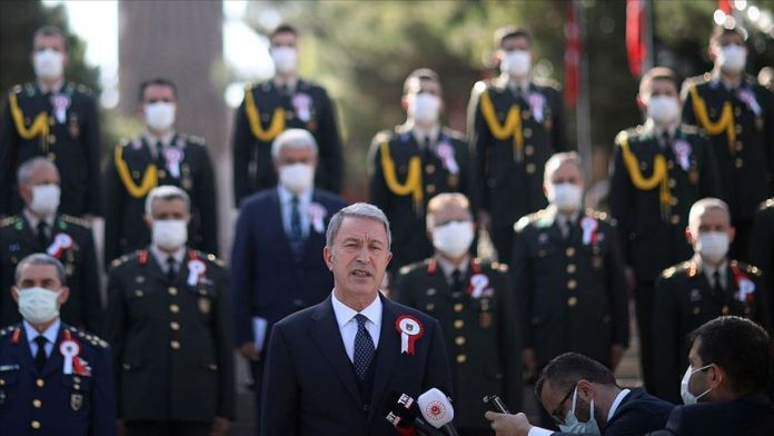 Bakan Akar'dan Ege ve Doğu Akdeniz açıklaması: Bizi test etmeyin