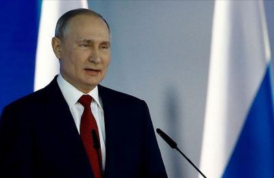 Putin, ABD'nin yeni başkanını tebrik etmek için 'resmi sonuçları' bekliyor
