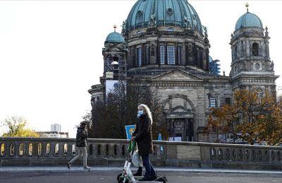 Almanya Ekonomi ve Enerji Bakanlığı: Kasım tedbirleri toparlanmayı yavaşlatacak