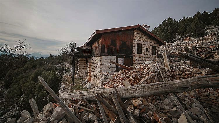 1609753505 886 yillara meydan okuyan tarihi dugmeli evler restorasyonla ayaga kaldiriliyor