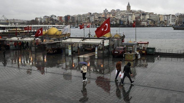 istanbul sokaklarinda kisitlama sessizligi hakim