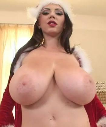 candid bouncing tits no bra