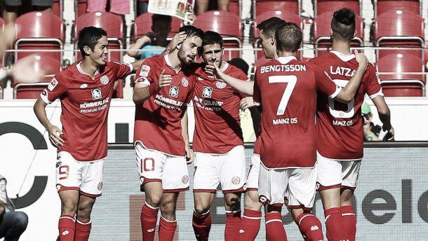 Com dois gols de Muto, Mainz 05 vence Hannover pela Bundesliga