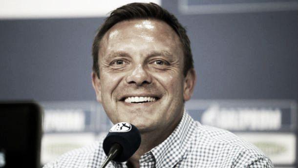 """Novo técnico do Schalke 04 se mostra empolgado com desafio: """"Estou muito feliz"""""""