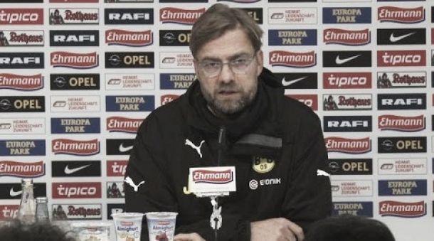 """Após triunfo diante do Freiburg, Klopp avisa: """"Precisamos acreditar em nossas habilidades"""""""