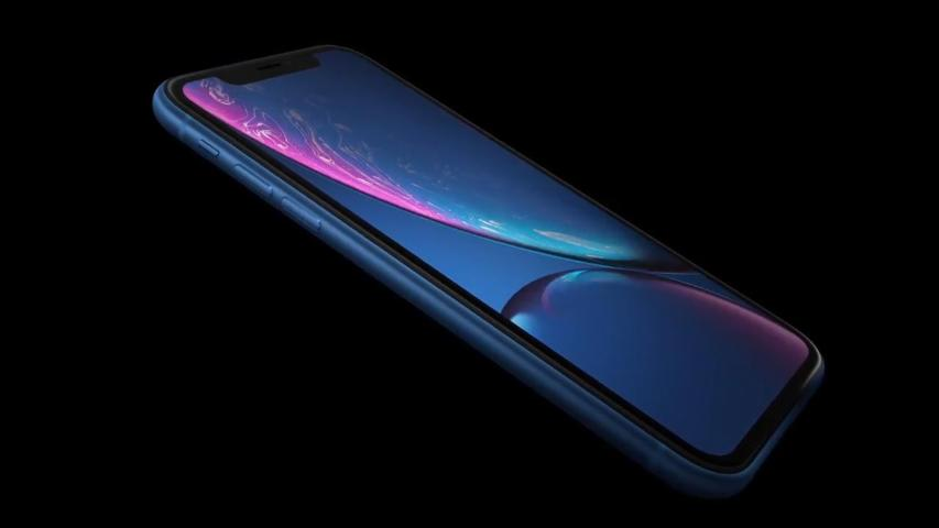 Apple introduces the iPhone XR