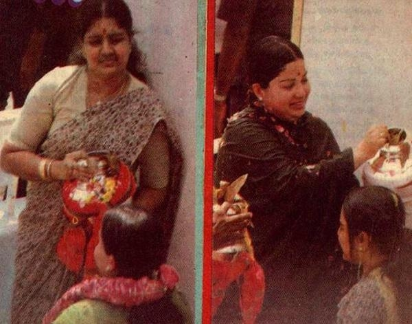மகாமகத்தில் சசிகலா, ஜெயலலிதா ஒருவருக்கொருவர் நீராட்டிவிட்ட போது