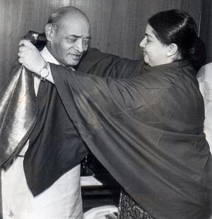 நரசிம்ம ராவ், ஜெயலலிதா
