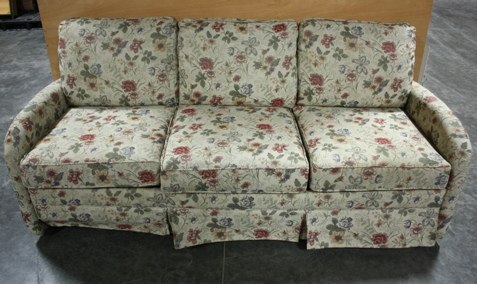 Pull Sale Out Couches