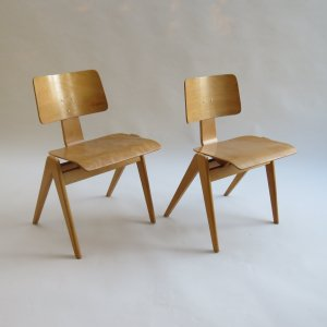1950s Plywood Hillestak Stacking Chairs By Robin Day For