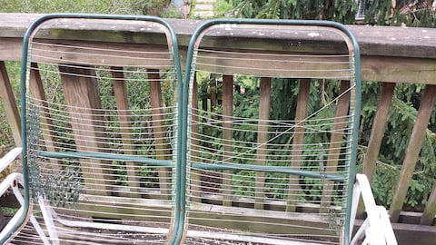 repair this old deck furniture