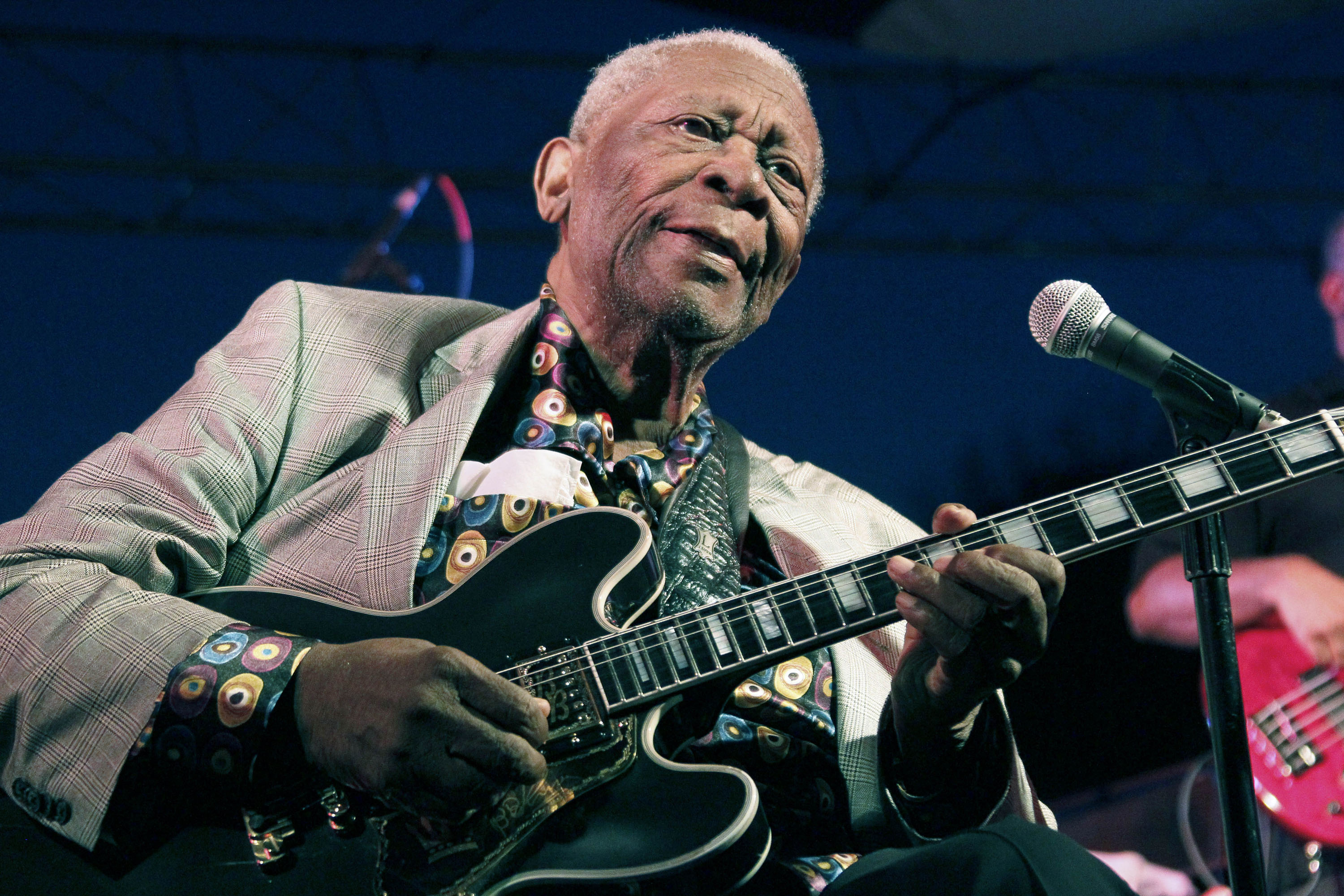 B B King Mississippi Born Master Of The Bluess At