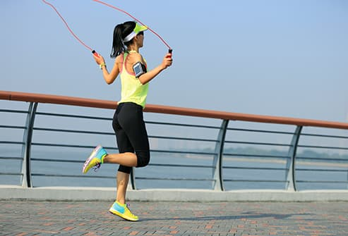 woman skipping rope