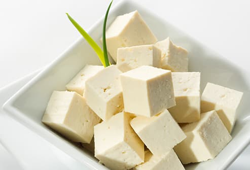 Tofu cubes garnished with spring onion