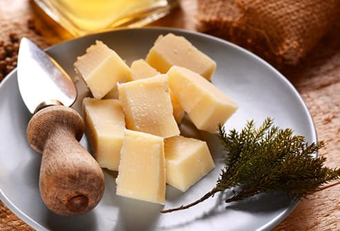 cubed parmesan cheese