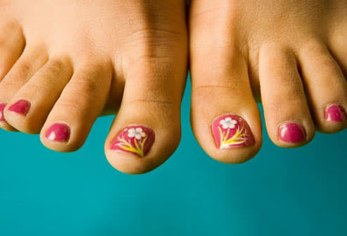 https://i1.wp.com/img.webmd.com/dtmcms/live/webmd/consumer_assets/site_images/articles/health_tools/ways_to_lose_weight_without_dieting_slideshow/getty_rf_photo_of_womens_painted_toenails.jpg