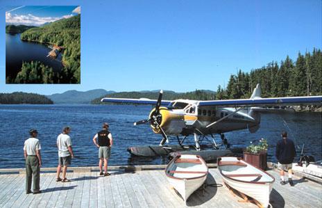 floating-hotel-plane-landing.jpg