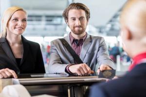 Germanwings-Absturz: De Maizière will Ausweispflicht im Schengen-Raum