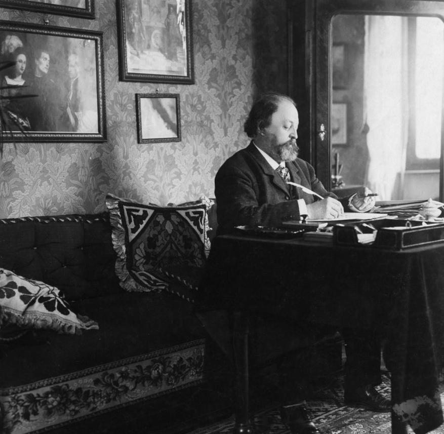 Paul Heyse in 1910 when he received the Nobel Prize for Literature