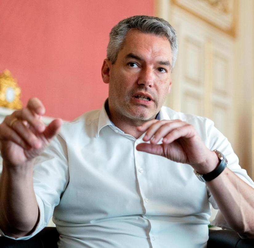 """Interior Minister Karl Nehammer (ÖVP): """"We strictly reject the forced distribution of asylum seekers"""""""