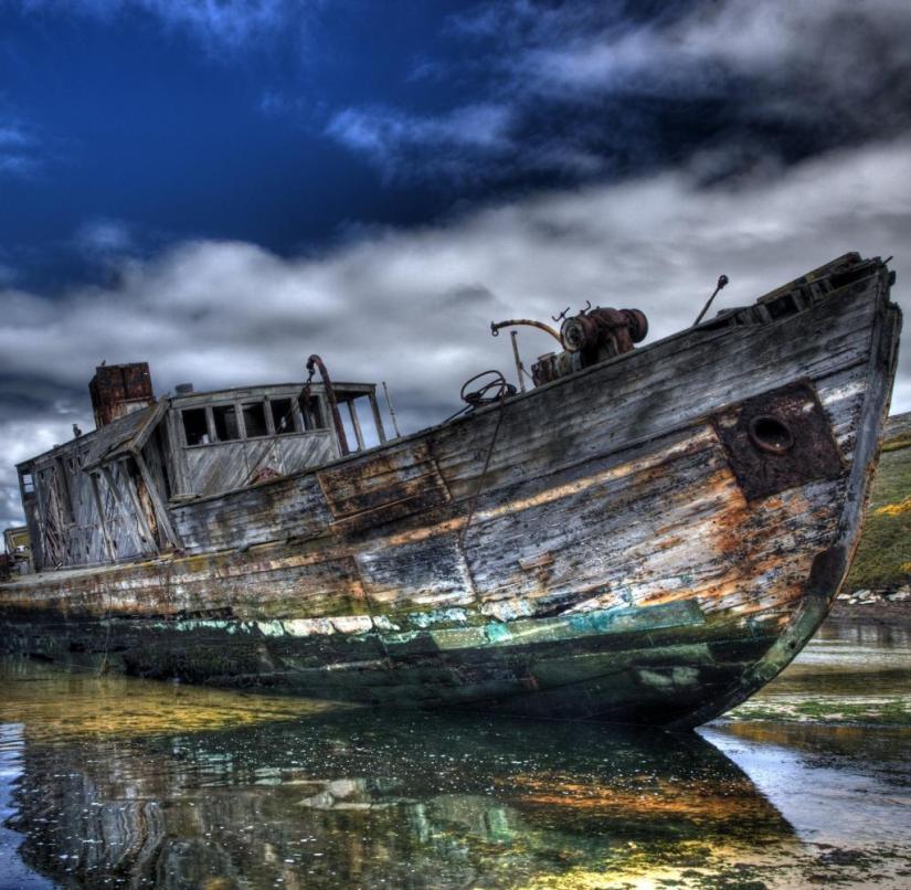 Wreck on New Island Beach, Falkland Islands