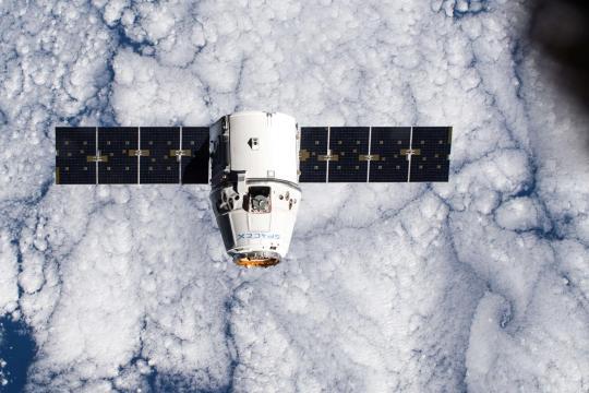 """<br /><br /><br /> Mitte Januar hat die Raumkapsel Dragon, die von SpaceX gebaut wurde, mehr als zwei Tonnen Material auf die """"Internationale Raumstation"""" (ISS) gebracht.<br /><br /><br />"""