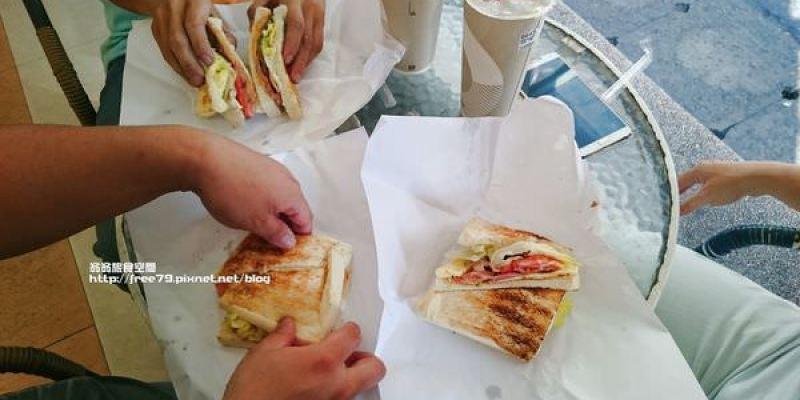 蘆洲碳烤三明治好吃有口感!