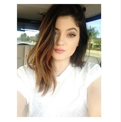 kylie jenner cuts hair a lil shorter see the pictures us weekly