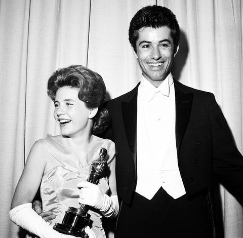 Patty Duke wins an Oscar