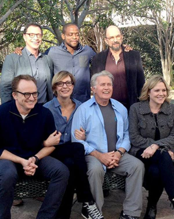 West Wing Cast Reunites Nine Years After Finale: Photos ...