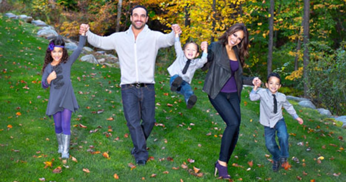 Melissa Gorgas Family Christmas Card See It Now Us Weekly