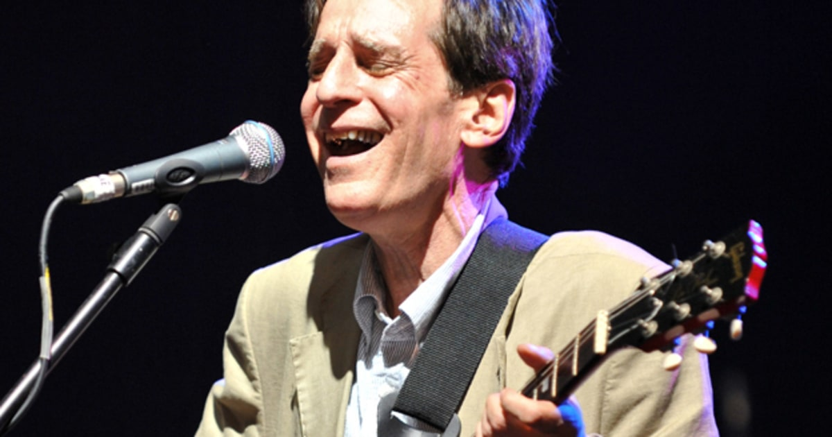 Alex Chilton 1950 2010 A Rock Amp Roll Life In Reverse Rolling Stone