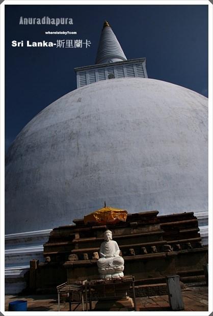斯里蘭卡。Anuradhapura~曾經是佛祖圓寂的菩提樹