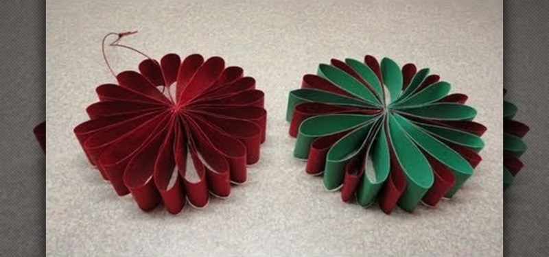 How To Craft A Simple Folded Paper Flower Ornament For Christmas Ideas Wonderhowto