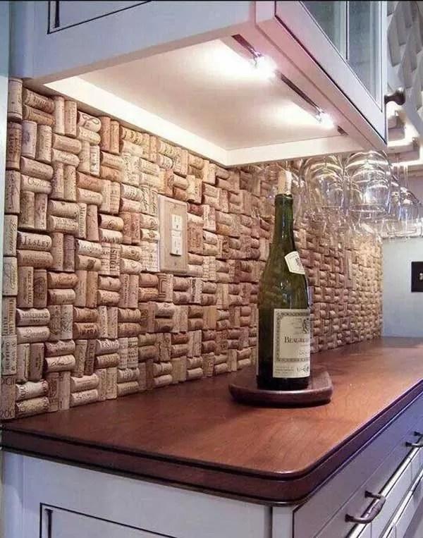 des bouchons de bouteille de vin