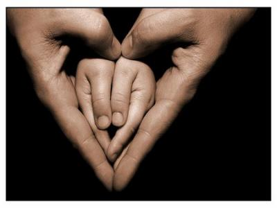 mains parent enfant