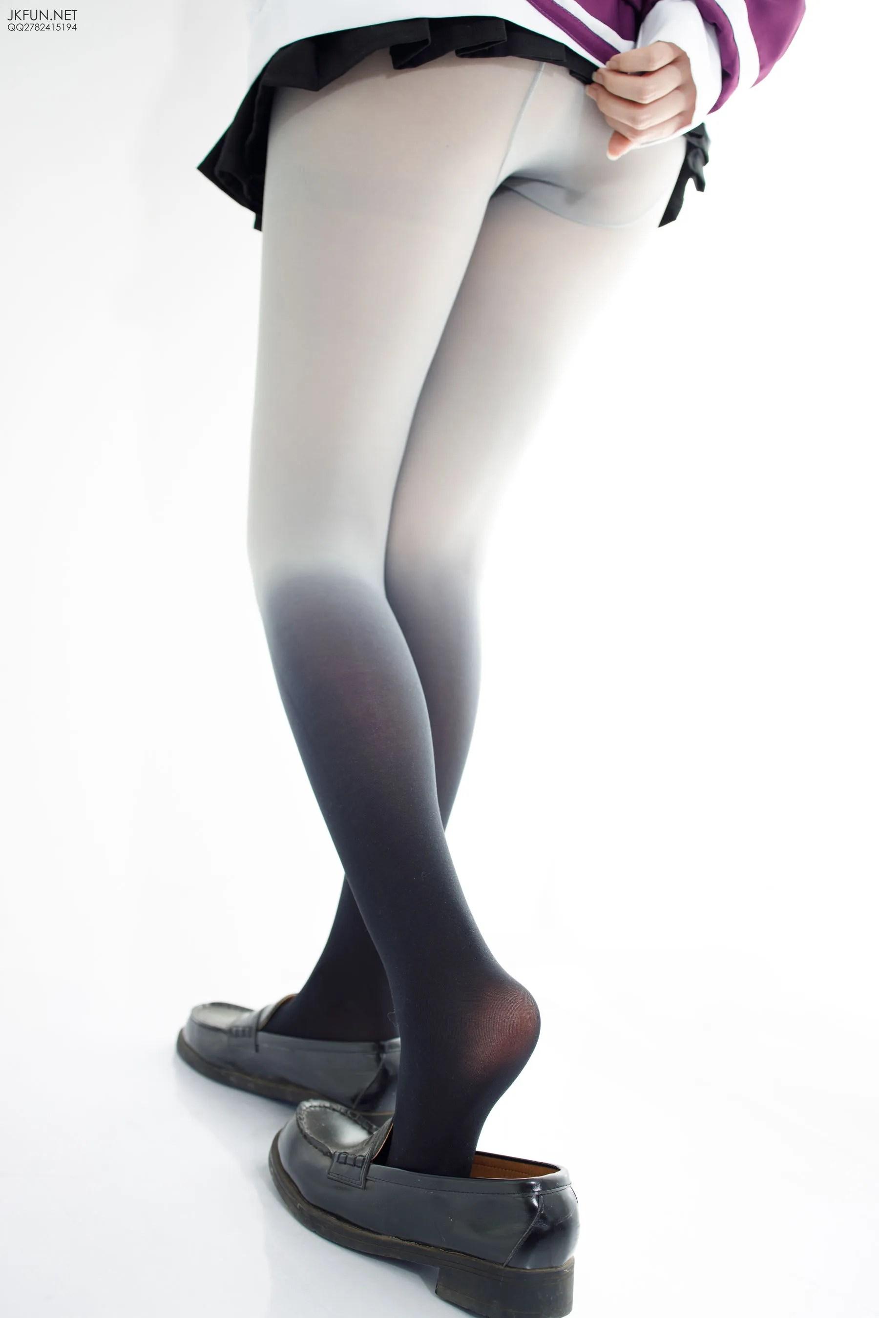 雪晴《COSPLAYER》 [森萝财团] JKFUN-004 写真集[123P]插图(10)