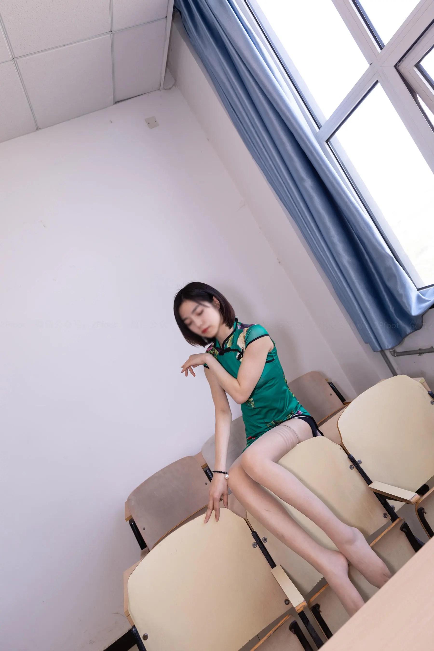 图片[12] - [山茶摄影LSS] NO.089 小阳阳的旗袍筒袜 写真套图[99P] - 唯独你没懂