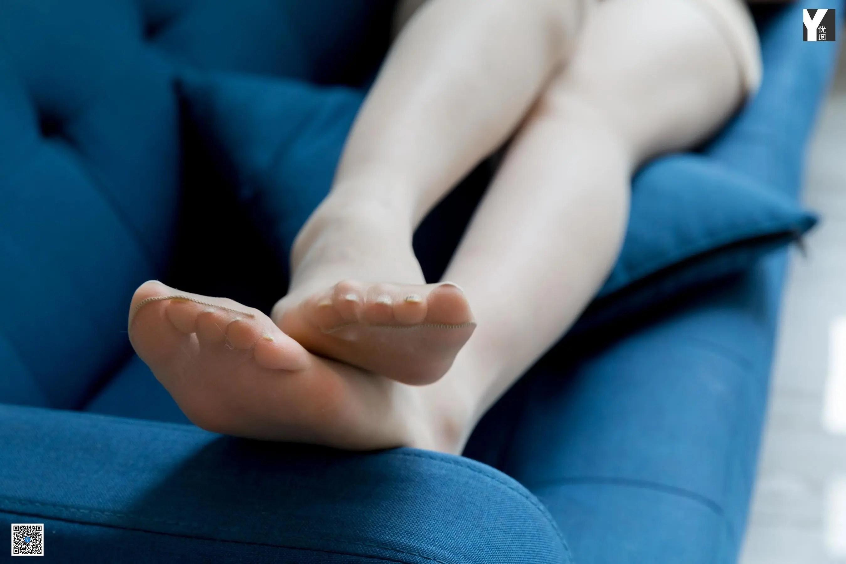 [IESS] 丝享家 764 喵姐《来一杯mojito》 丝袜美腿写真[90P]插图(3)