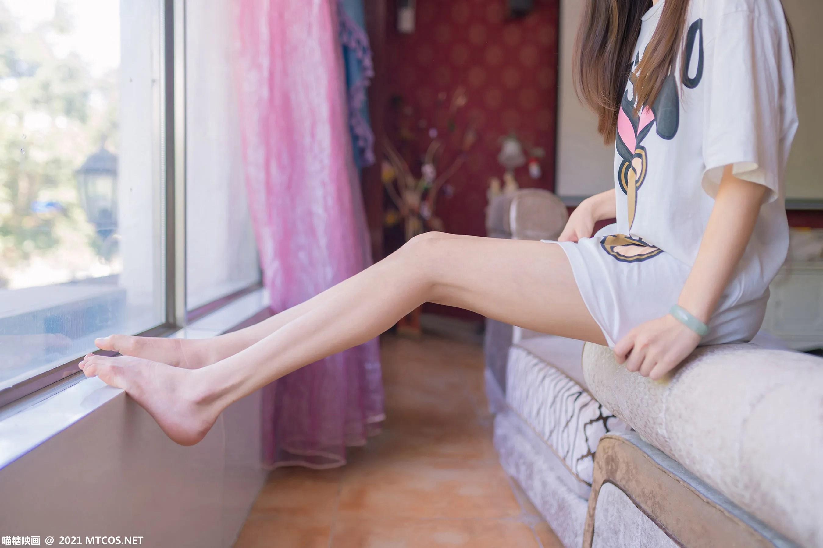 [喵糖映画] VOL.405 白T少女 写真套图[42P]插图(8)