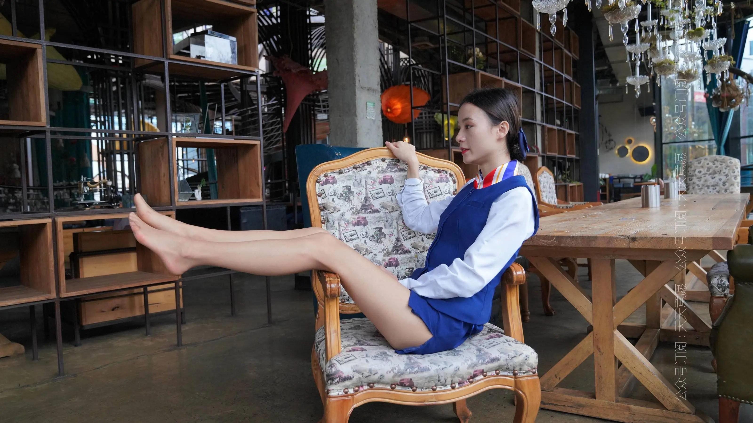 [IESS] 丝享家 766 小六《蓝色套装展示》 丝袜美腿写真[73P]插图