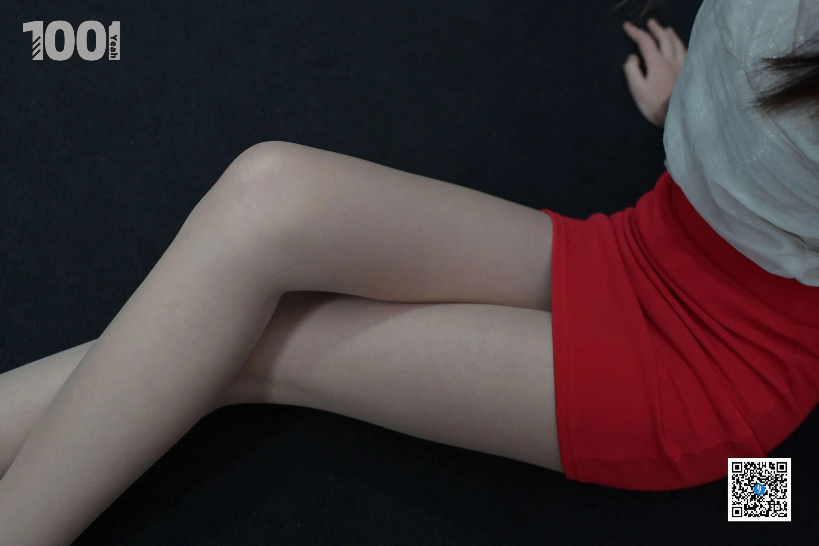 [IESS] NO.190 【一抹红】完结篇  丝足美腿写真[90P]插图(2)