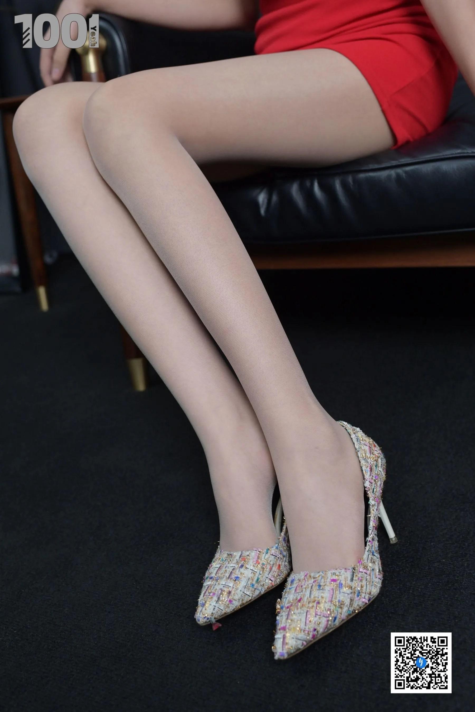 [IESS] NO.187 【一抹红】  丝袜美腿写真[87P]插图(8)