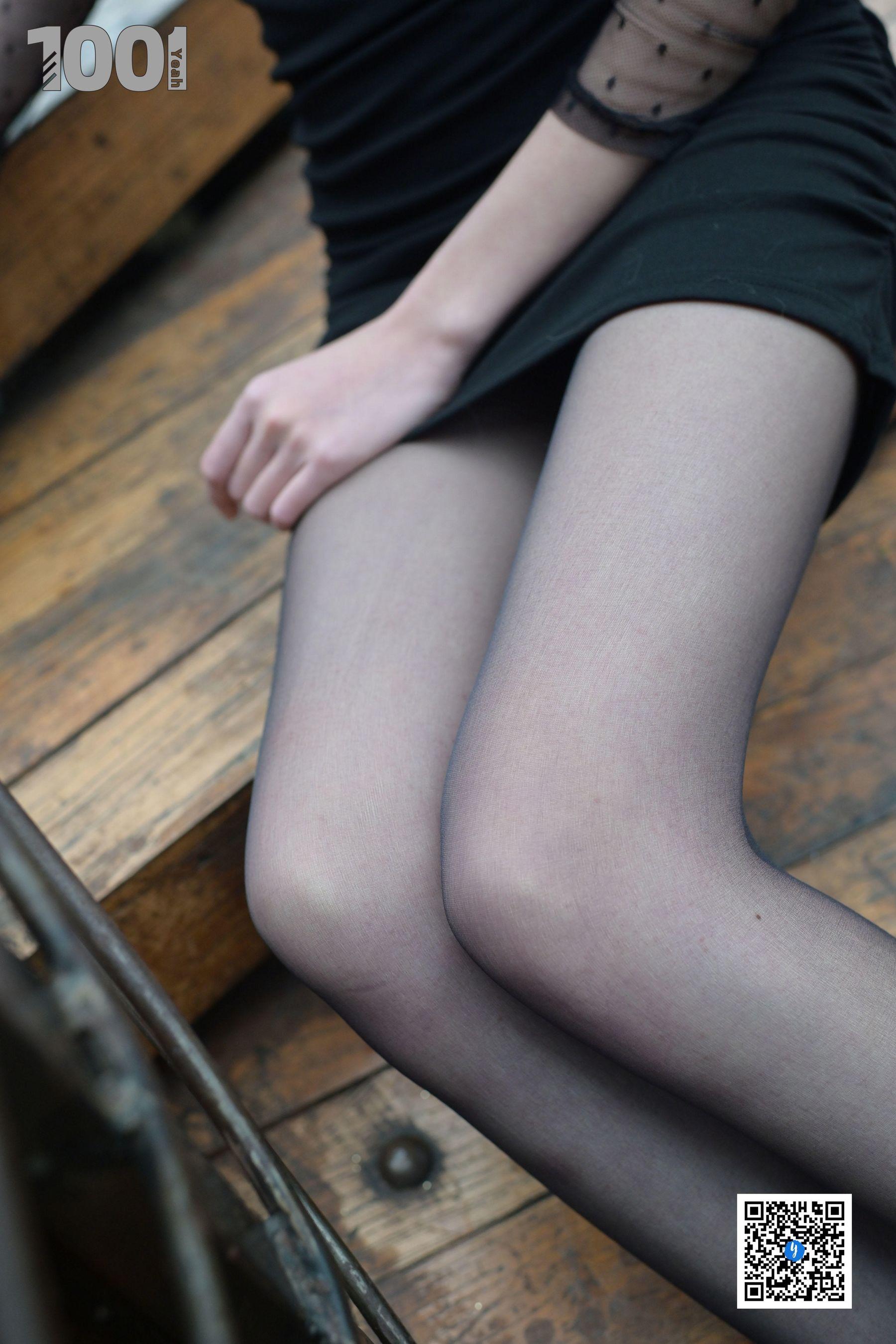 [IESS] NO.185 草莓《楼梯的拐角处2》 丝袜美腿写真[70P]插图(7)