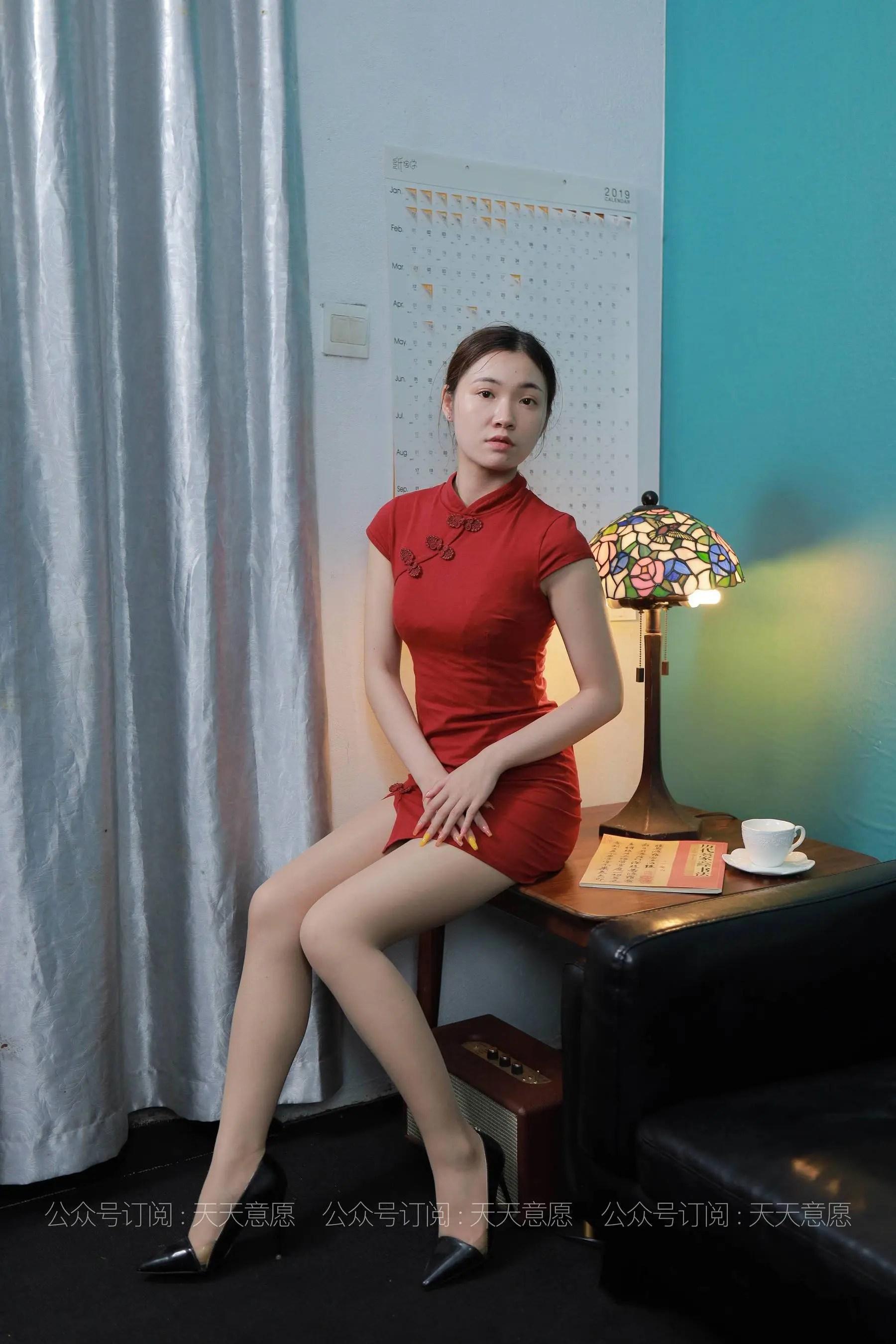 [IESS] 丝享家 769 可可《旗袍美佳人》 丝袜美腿写真[90P]插图(1)